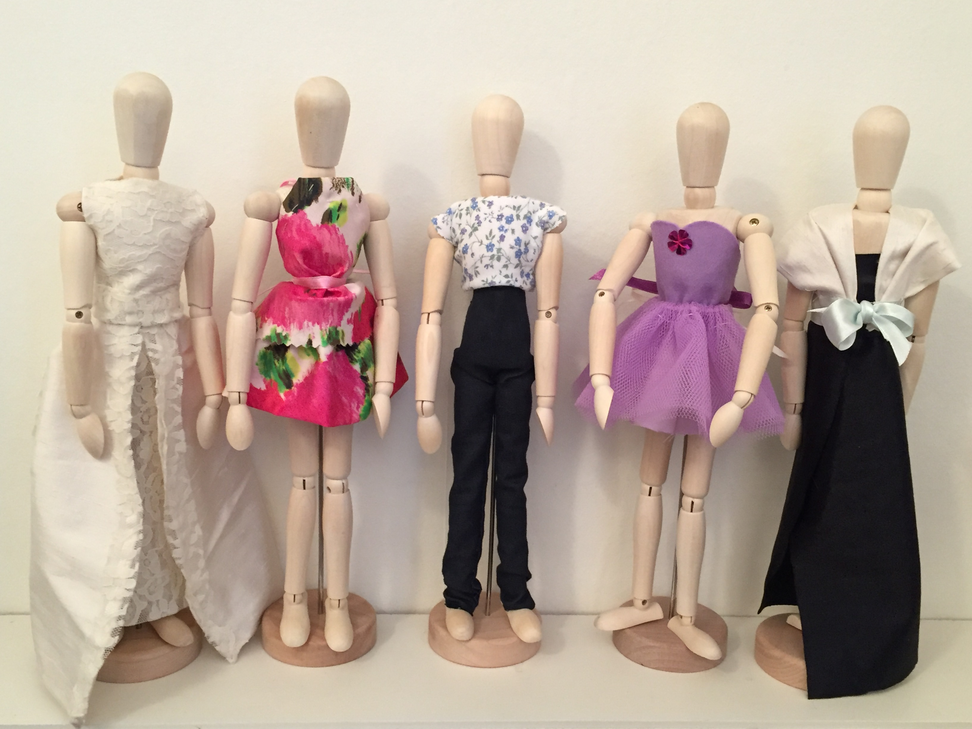 Do You Learn How To Sew In Fashion School
